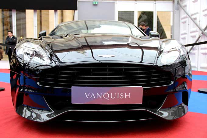 aston martin vanquish ii fiche technique prix. Black Bedroom Furniture Sets. Home Design Ideas