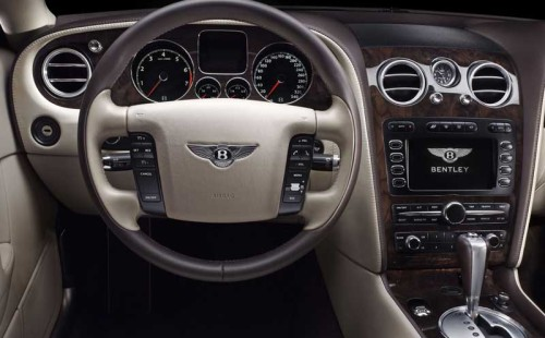 Bentley-continental-flying-spur-interieur-5-500x310