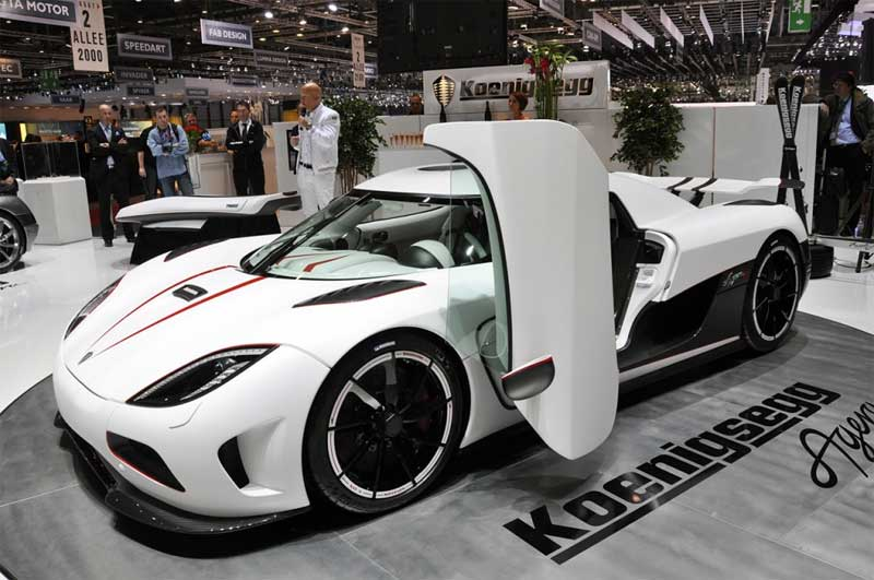 koenigsegg agera fiche technique prix performances. Black Bedroom Furniture Sets. Home Design Ideas