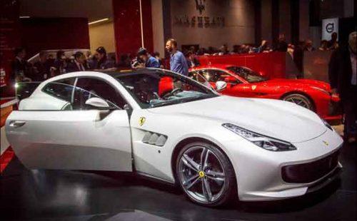 Ferrari GTC4 LUSSO blanche