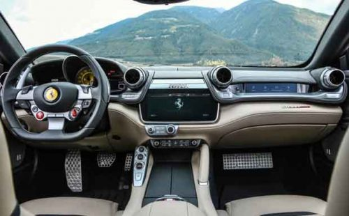 Ferrari GTC4 LUSSO tableau de bord